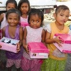 Children_affected_by_Typhoon_Yolanda_receive_Christmas_gifts_thumbnail___.jpg